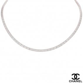 Chanel White Gold Diamond Tube Necklace